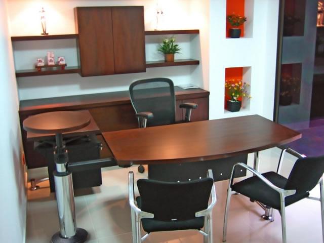 Tokma muebles para oficina for Escritorios de oficina modernos